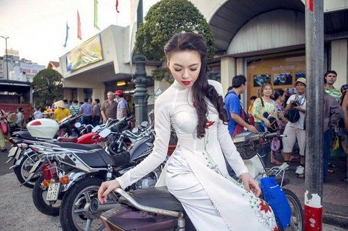 "vu hoang diep ""thoi hon' ao dai truoc cho ben thanh - 19"