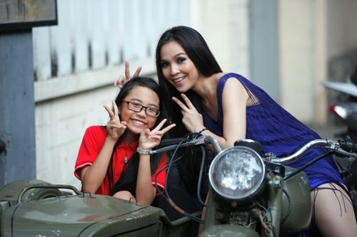 phuong my chi than thiet voi co giao hien thuc - 1