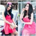 """Thời trang - """"Đau mắt"""" vì váy hồng của Phi Thanh Vân"""