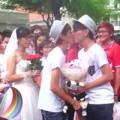 Tình yêu - Giới tính - Hàng loạt cặp đôi đồng tính cầu hôn giữa phố Sài Gòn