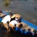 Tin tức - Clip người dân cứu nữ sinh nhảy cầu tự vẫn