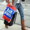 Tin tức - Úc thu hồi quần jeans chứa chất gây ung thư