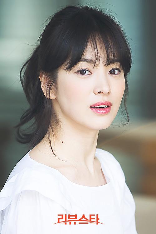 loat anh chua tung cong bo cua song hye kyo - 10