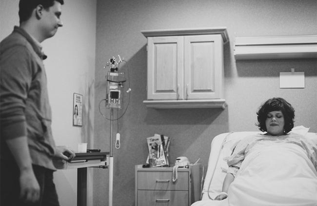 Bộ ảnh sinh nở của mẹ Andrea được thực hiện bởi nhiếp ảnh gia Aneta Wisniewska. Đây là lần mang thai đầu tiên của Andrea nên cô đã quyết định sẽ sinh thường để cảm nhận được hành trình làm mẹ đau đớn và khó khăn như thế nào. Chia sẻ sau lần vượt cạn đầu tiên, Andrea nói: 'Đó là khoảnh khắc rất tuyệt vời. Tôi đã có những trải nghiện không thể nào quên.'