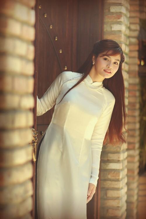 vu thu phuong khoe ve moc mac cua con gai nam dinh - 3