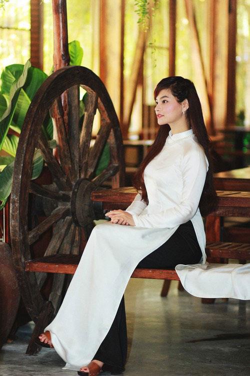 vu thu phuong khoe ve moc mac cua con gai nam dinh - 7