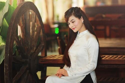 vu thu phuong khoe ve moc mac cua con gai nam dinh - 9