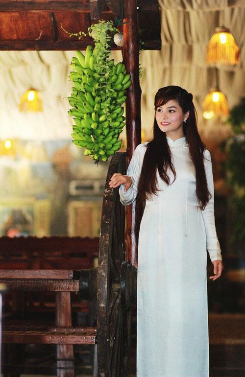 vu thu phuong khoe ve moc mac cua con gai nam dinh - 10