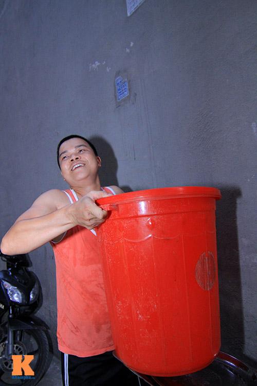 ha noi: hang ngan ho dan khon don vi mat nuoc - 6