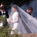 """Làng sao - Hình ảnh hiếm hoi lễ cưới của Kim """"siêu vòng 3"""""""