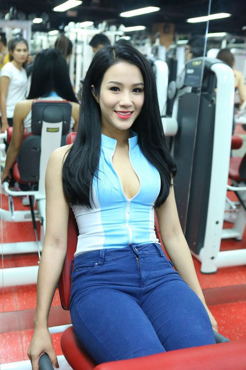 diep lam anh sexy lam co giao day the duc - 1
