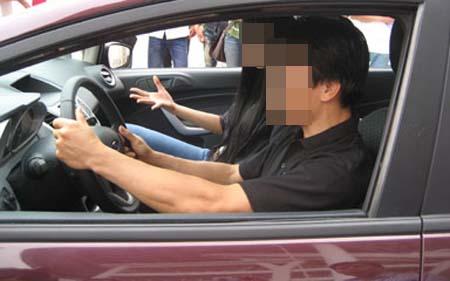 """Dạy lái xe ô tô rồi """"cua"""" luôn vợ sếp (Kỳ 3)-2"""