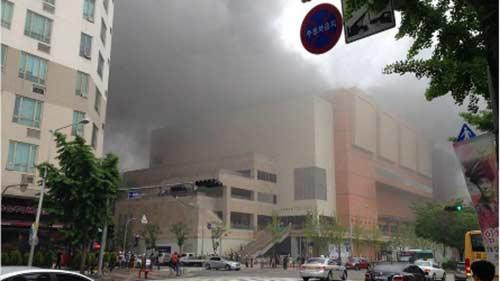 Cháy trạm xe buýt ở Hàn Quốc, 7 người chết-1