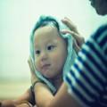 Làm mẹ - Mẹ chồng từ mặt vì tắm nước chè cho con