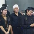Làng sao - Xúc động giây phút tiễn đưa nhạc sỹ Thuận Yến