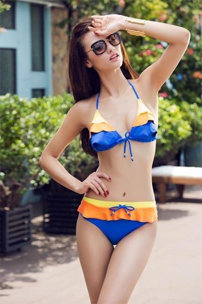 """Hồng Quế """"đốt cháy"""" mùa hè với bikini rực rỡ - 10"""