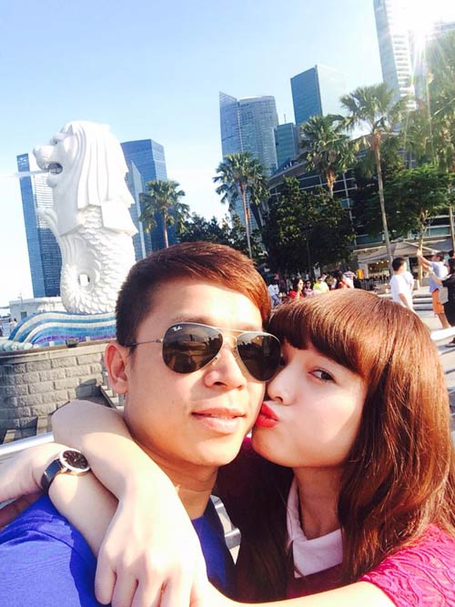 le hoang du hi singapore cung ban gai hot girl - 2