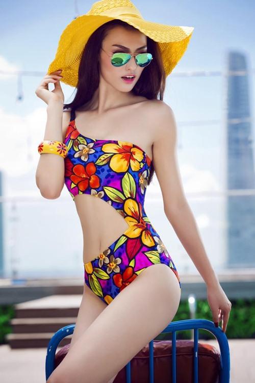 "hong que lai ""gay thuong nho"" voi bikini - 5"
