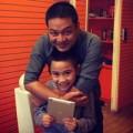 Làng sao - Chồng Kim Hiền đưa bé Sonic đi chơi ngày 1/6