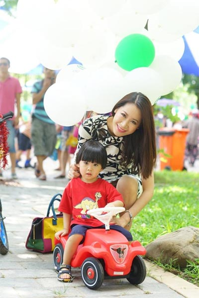 phuong my chi thich thu di mua sam cung quang le - 13