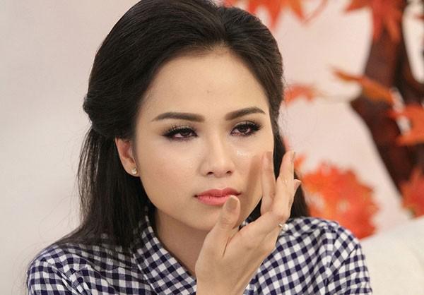 6 scandal tai tieng cua hoa hau diem huong - 5