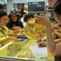Mua sắm - Giá cả - Vàng mua vào ngày càng rẻ hơn