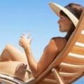 Sức khỏe - Tránh nắng gắt mùa hè