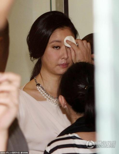 hau truong make-up cua lam tam nhu - 1