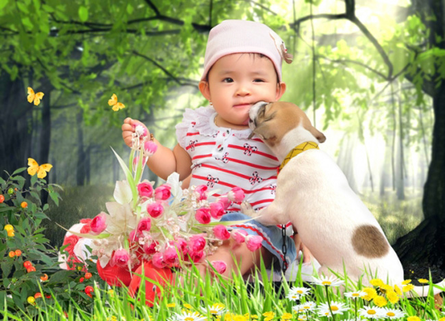 Con xin chào các cô, các chú. Con tên Nguyễn Bùi Thanh Phương, ở nhà ba mẹ con kêu con là bé Tũn.