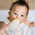 Làm mẹ - Mẹo tính lượng sữa con cần mỗi ngày