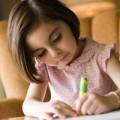 """Làm mẹ - Dạy con viết """"đẹp như tranh"""" trước lớp 1"""