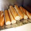 Mua sắm - Giá cả - Bánh mì Việt giá 5 USD trên đất Mỹ