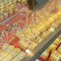 Mua sắm - Giá cả - Vàng nội thờ ơ trước đà tăng mạnh của vàng ngoại