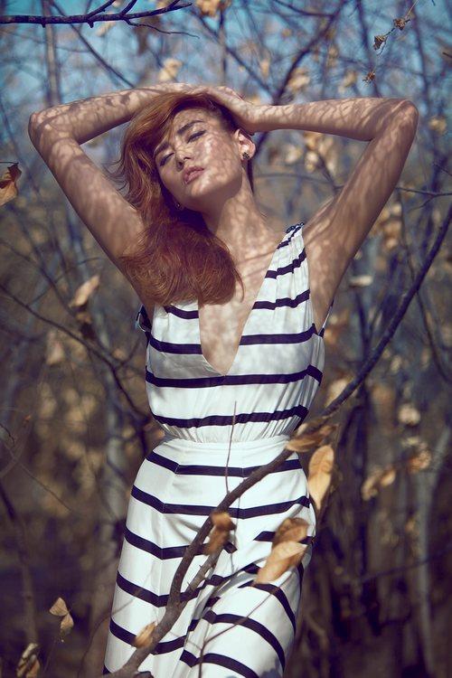 Võ hoàng yến đẹp xuất thần giữa rừng hoang - 7