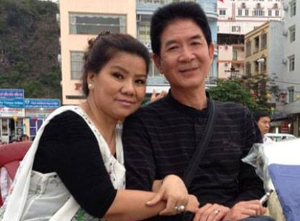 "30 nam hy sinh cua nguoi chong ""gat tieng doi"" - 1"