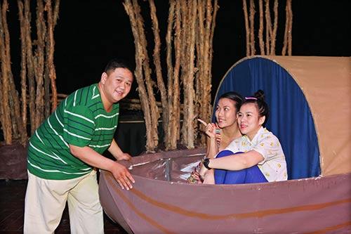 minh beo u ru vi san khau vang khach - 6