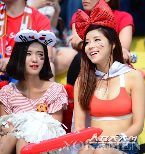 ngat ngay ve dep cua fan nu han quoc tai world cup - 12
