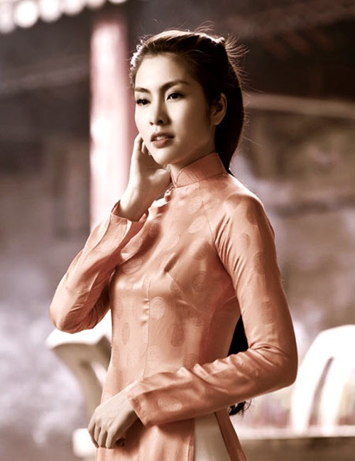 "top 4 stylist dung sau su ""toa sang"" cua my nhan vbiz - 3"