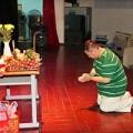 Làng sao - Minh Béo ủ rũ vì sân khấu vắng khách