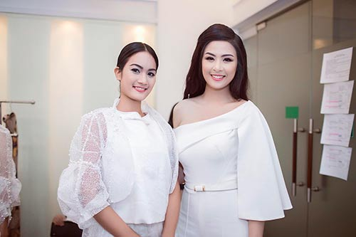 ngoc han bat ngo nhat rac giua san khau - 4