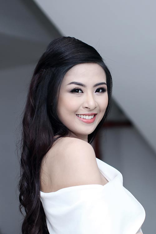 ngoc han bat ngo nhat rac giua san khau - 2