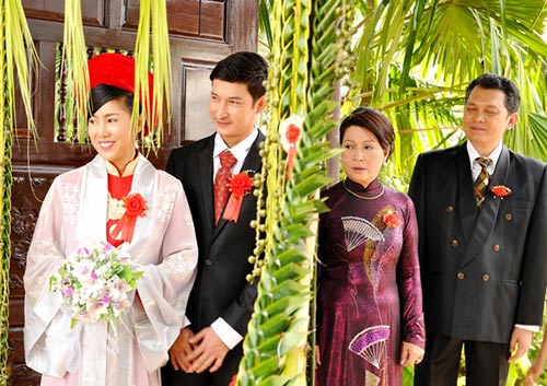 "le phuong ""khac kho"" sau song gio hon nhan - 4"