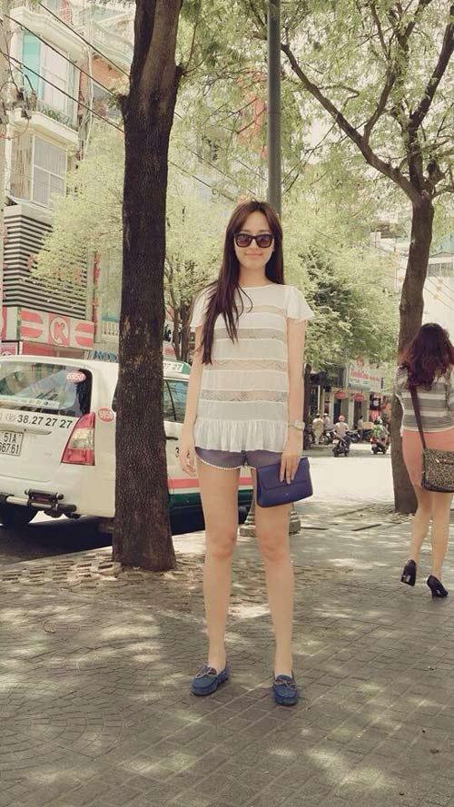 street style tien bo vuot bac cua mai phuong thuy - 9