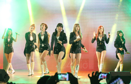 them thong tin ve fan meeting cua t-ara - 1