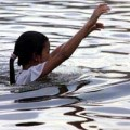 Tin tức - Đi bắt hàu, 4 nữ sinh chết đuối thương tâm