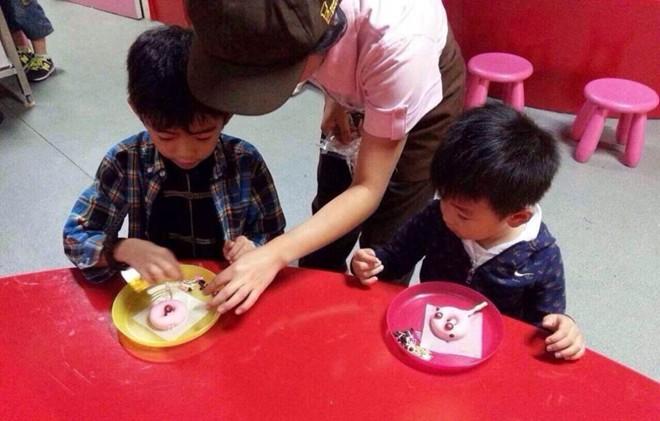 con trai truong ba chi dang yeu lam linh cuu hoa - 7
