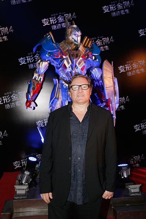 sao phim transformers 4 xuat hien cuon hut tai bac kinh - 7