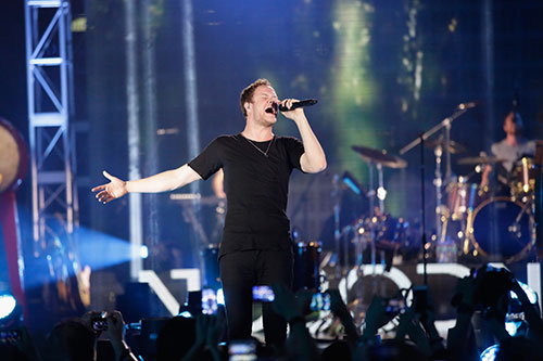 imagine dragons chay het minh cung fan transformers 4 - 1