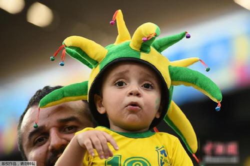 "nhung em be sieu ""cute"" mua world cup - 5"