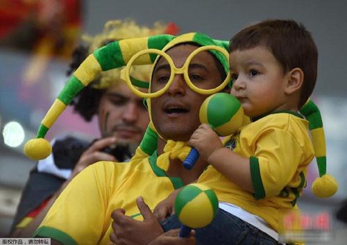 "nhung em be sieu ""cute"" mua world cup - 7"